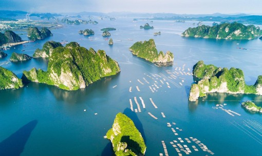 Ha Long, Vietnam