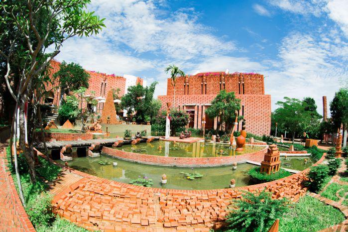 Central Viet Nam Tour